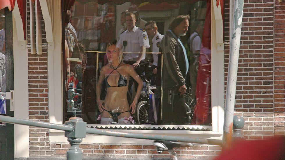 prostitutas maduras en madrid escaparates prostitutas holanda