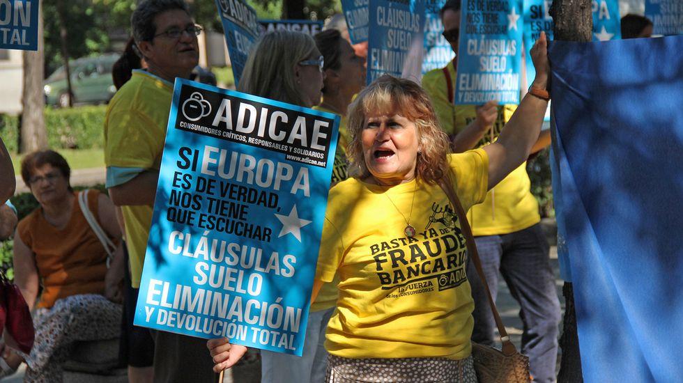 Adicae cree que el acuerdo sobre cl usulas suelo deja for Intereses clausula suelo