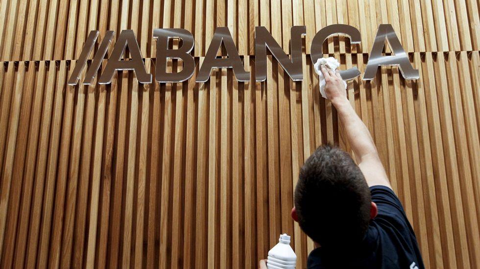 Abanca pone en marcha un servicio especializado para las for Clausula suelo asturias
