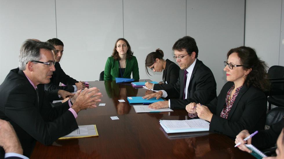El principado convoca dos becas de euros para la for Oficina virtual principado de asturias
