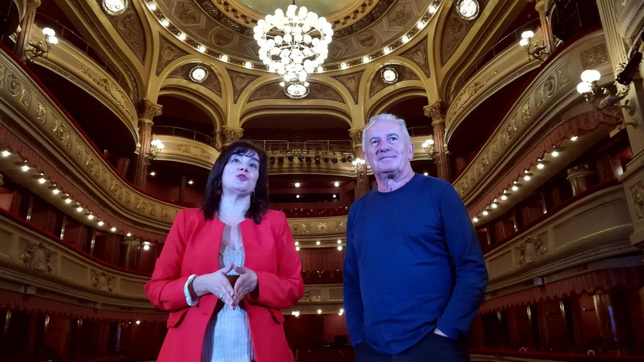 V ctor manuel actuar en el teatro de la laboral el 16 de for Teatro de la laboral