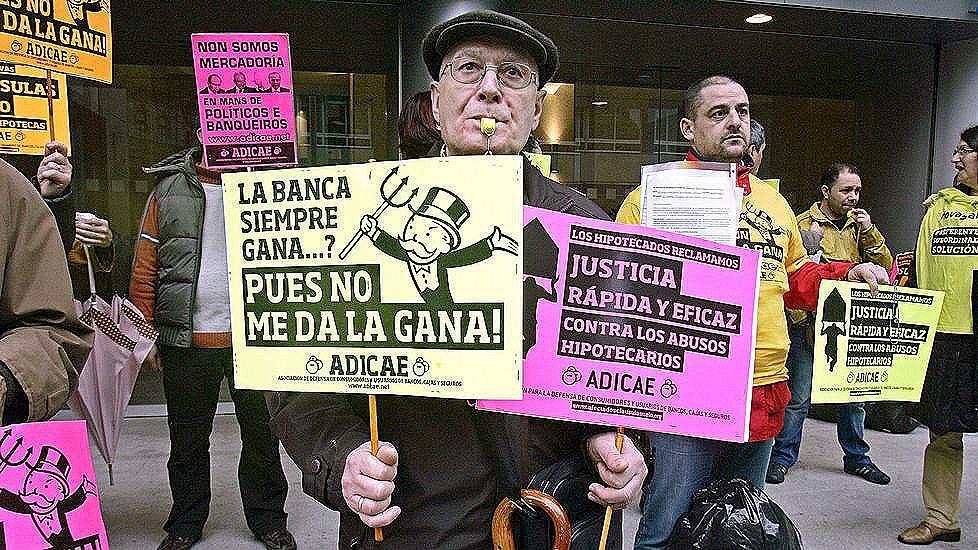 La banca obligar a recurrir a los tribunales para for Recuperar dinero clausula suelo