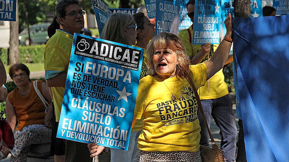 Adicae cree que el acuerdo sobre cl usulas suelo deja for Modelo acuerdo extrajudicial clausula suelo
