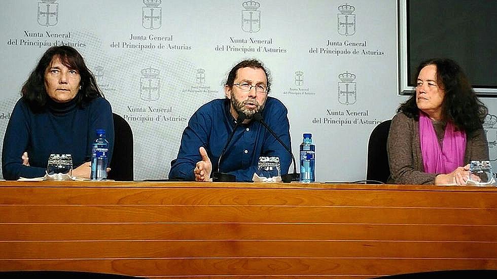 Mayi Colubi, Emilio León y Paula Valero