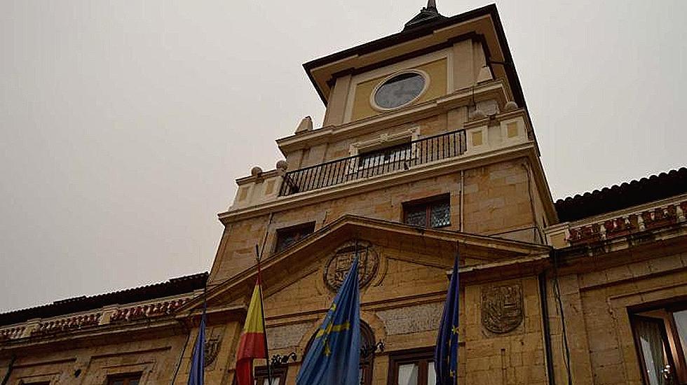 Oviedo modificar el horario del alumbrado p blico debido for Hora de escape oviedo